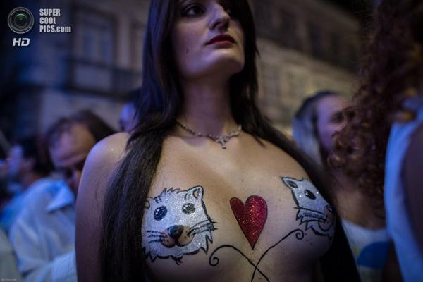 full frontial nude women
