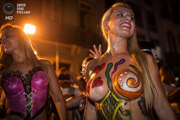 «Карнавал В Бразилии 2016 Без Цензуры Смотреть Онлайн» / 2000